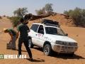 nissan-terrano-arena-planchas-desierto-marruecos-rally-clasicos