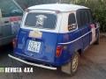 renault-4-azul-blanco-rally-clasicos-marruecos
