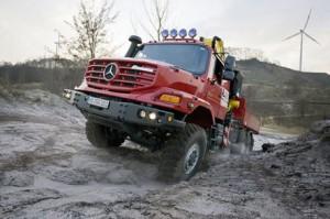 mercedes_camiones_zetros_02