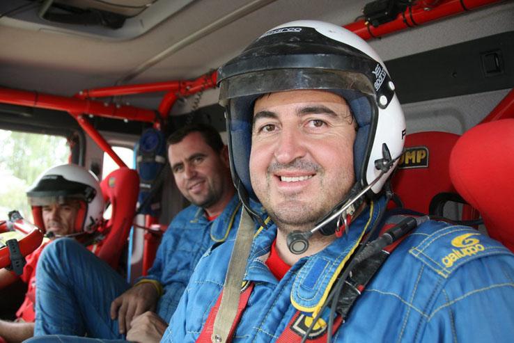 Manuel Borrero en una de sus participaciones en el Dakar a los mandos de un camión Man 6x6.