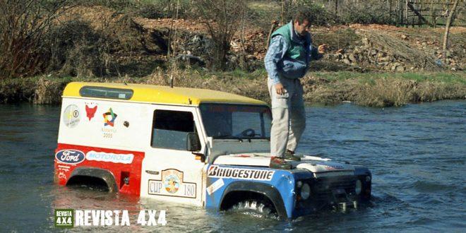 Land Rover Defender del equipo Almería 2005