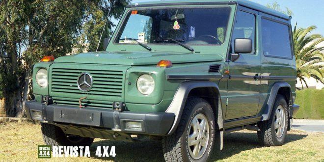 Mercedes Clase G 4x4 3 puertas de color verde