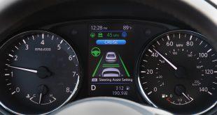 Si sales de viaje este verano, no olvides practicar una conducción eficiente en tu SUV