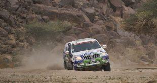 Joan Font, con Toyota Land Cruiser de serie, finaliza el Dakar 2021