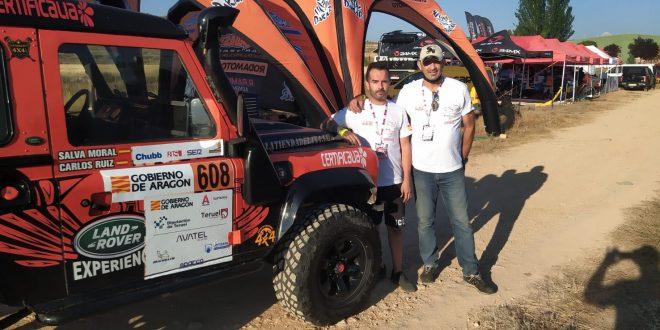 Carlos Ruiz, izquierda, y, Salvador Moral del equipo Escudería La Mina Competición.